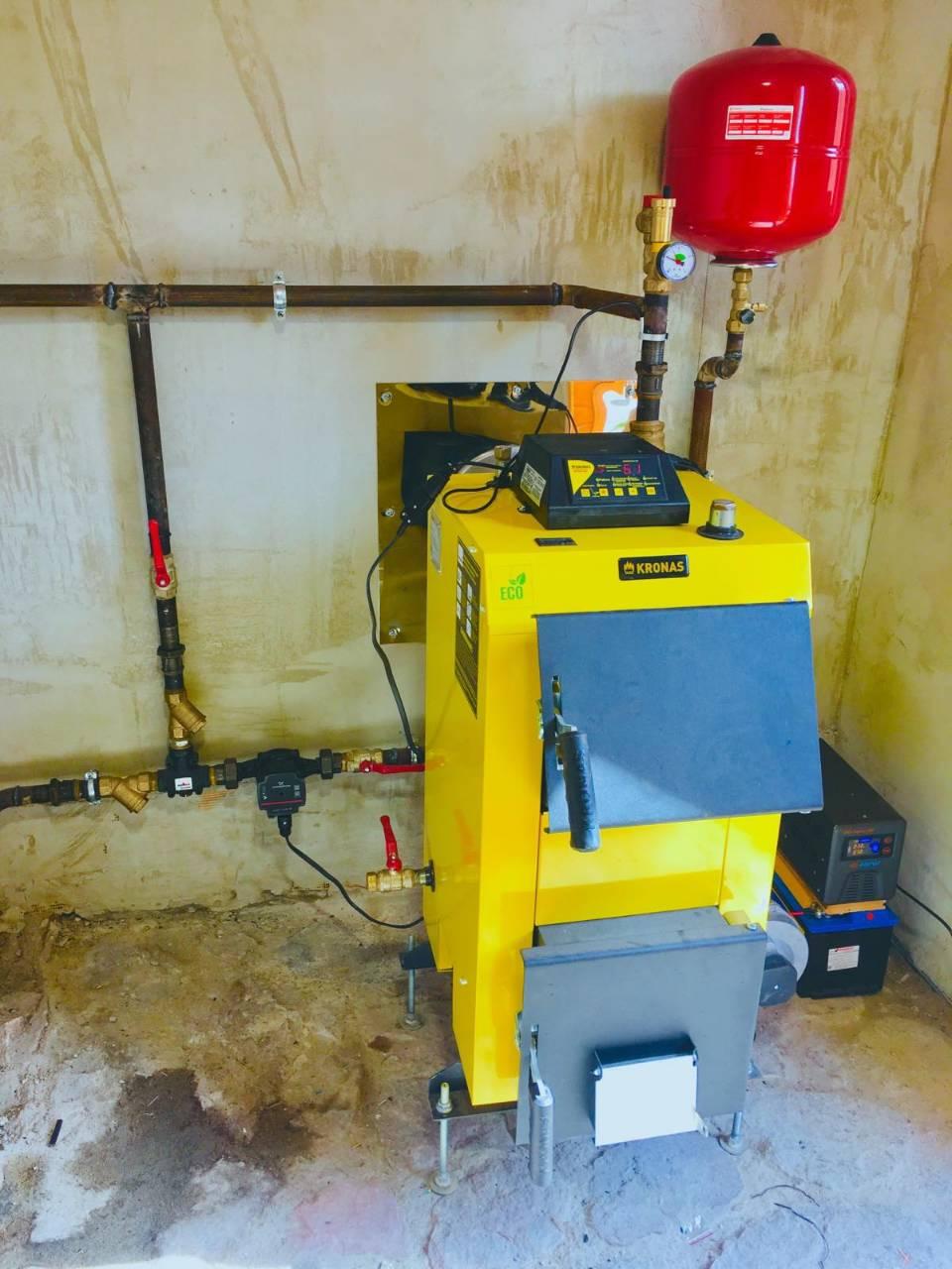 Твердотопливный котел Kronas UNIC-NEW 22 кВт