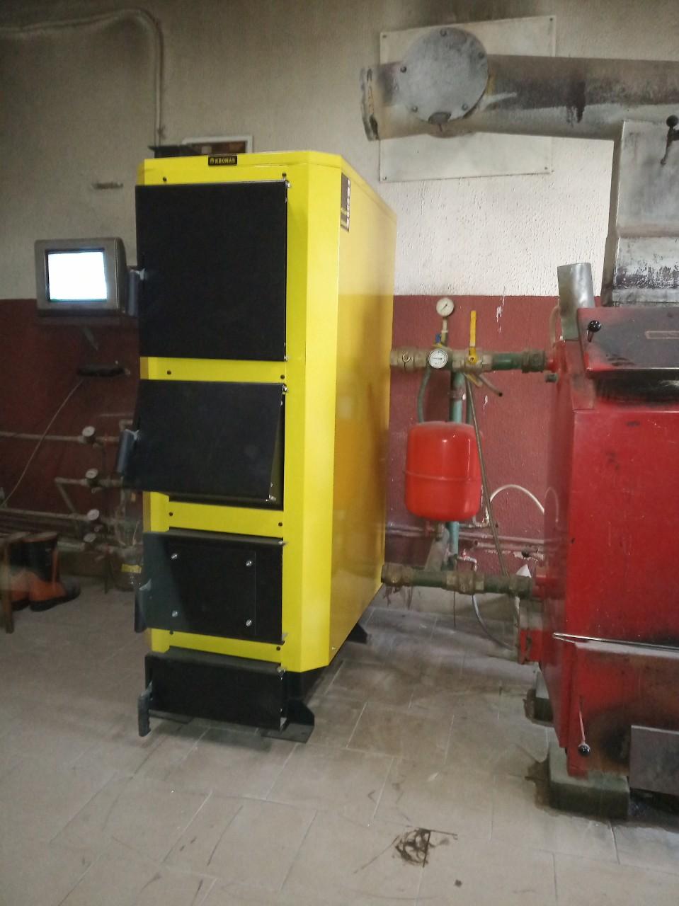 Твердотопливный котел Kronas UNIC-P 98 кВт